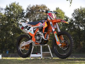 02_KTM 450 SX-F HERLINGS REPLICA